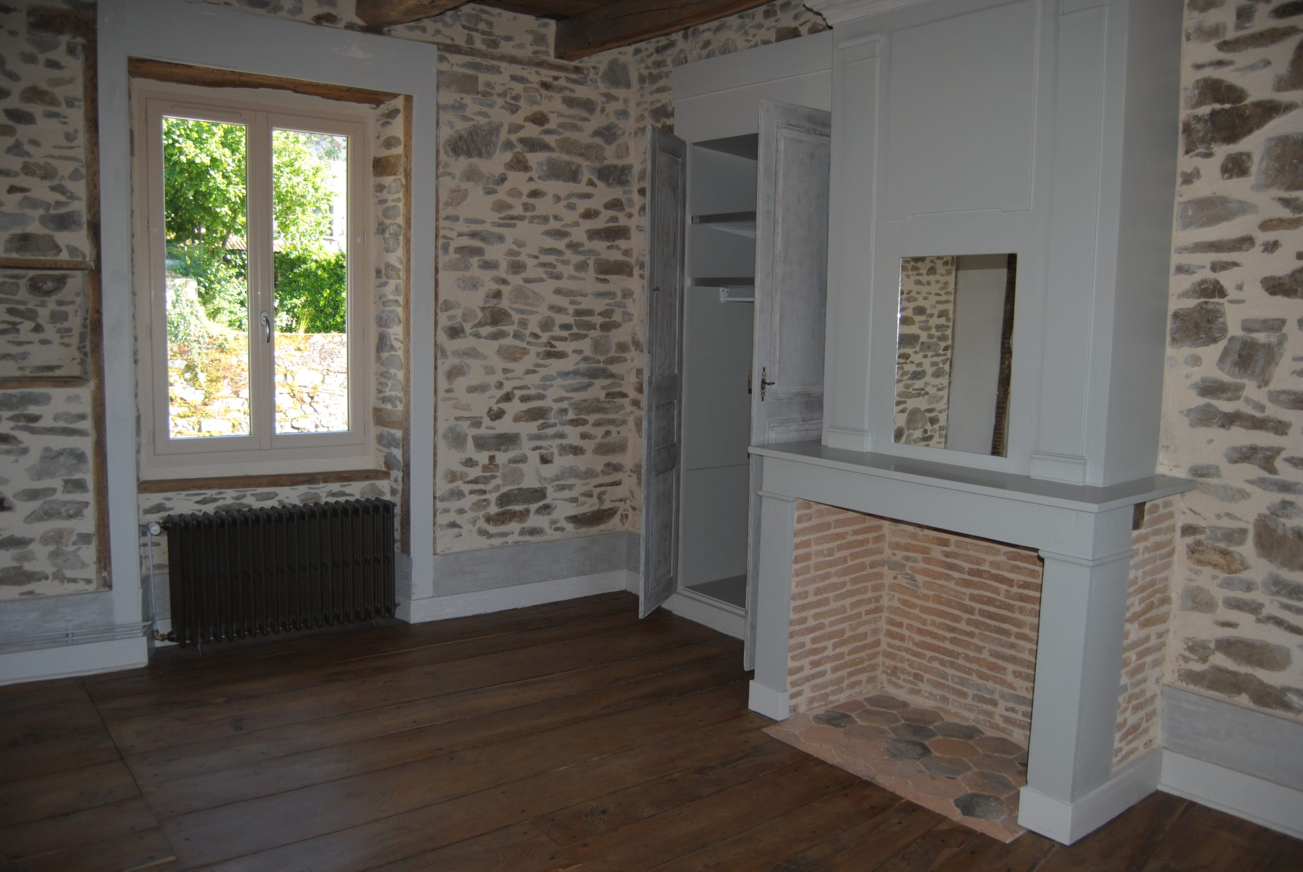 PIERRE-BUFFIERE – Maison 3 chambres